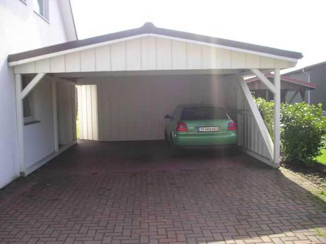 https://von-oesen.com/images/carport_mit_terrassen/carport_bilder/Carport%20weiss.JPG
