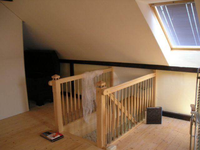 treppe dachboden beautiful buchen gelt weiss grundiert. Black Bedroom Furniture Sets. Home Design Ideas